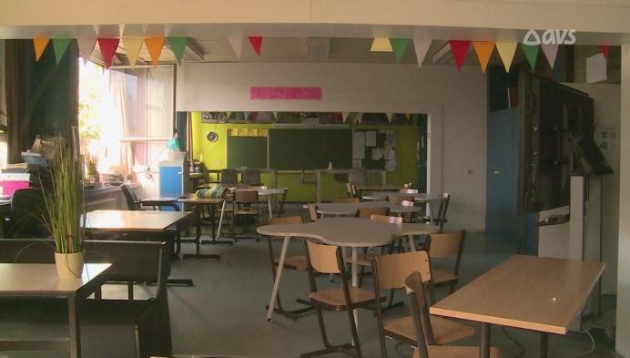 Twee leerkrachten testen positief: school dicht tot 20 september